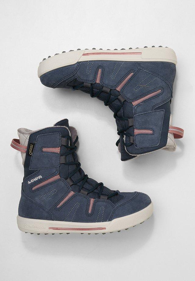 Talvisaappaat - jeans