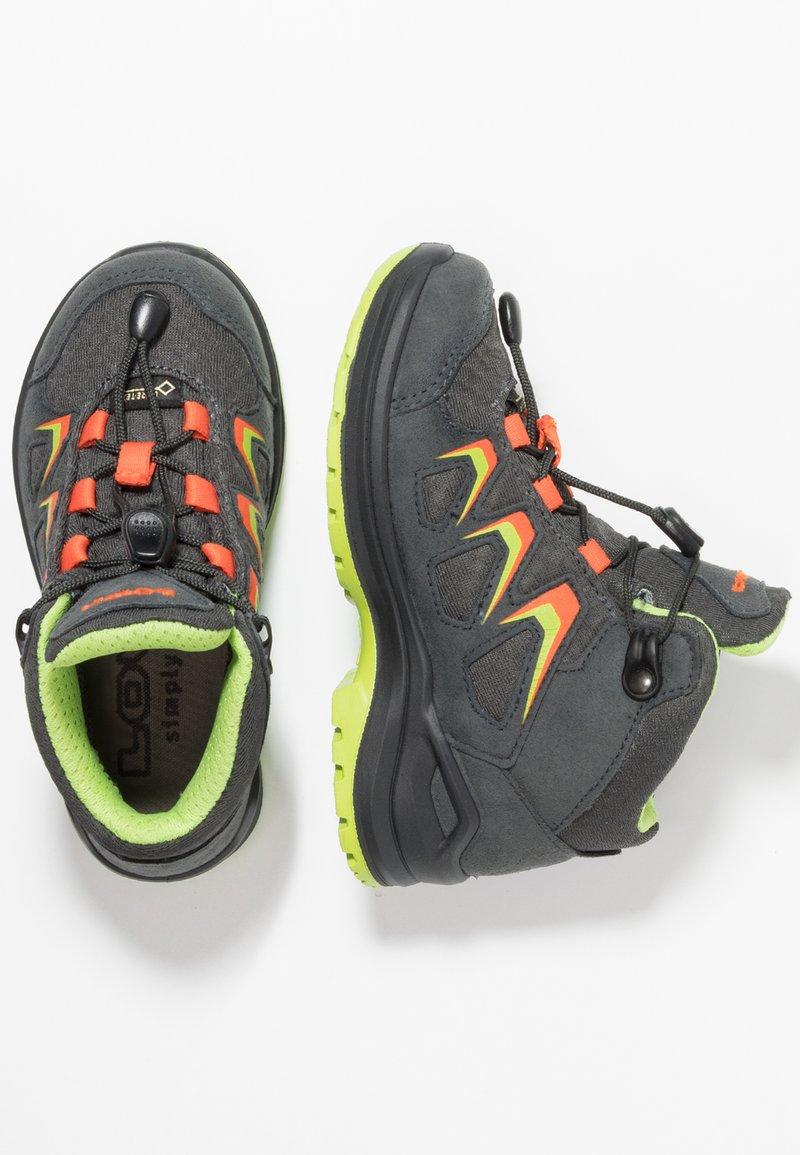 Lowa - INNOX EVO GTX JUNIOR - Hiking shoes - graphit/flame