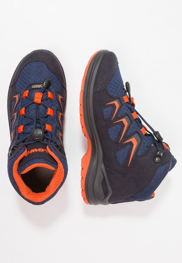 INNOX EVO GTX JUNIOR - Hiking shoes - navy/orange