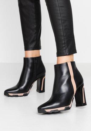 Kotníková obuv na vysokém podpatku - boston nero/charoll rubor