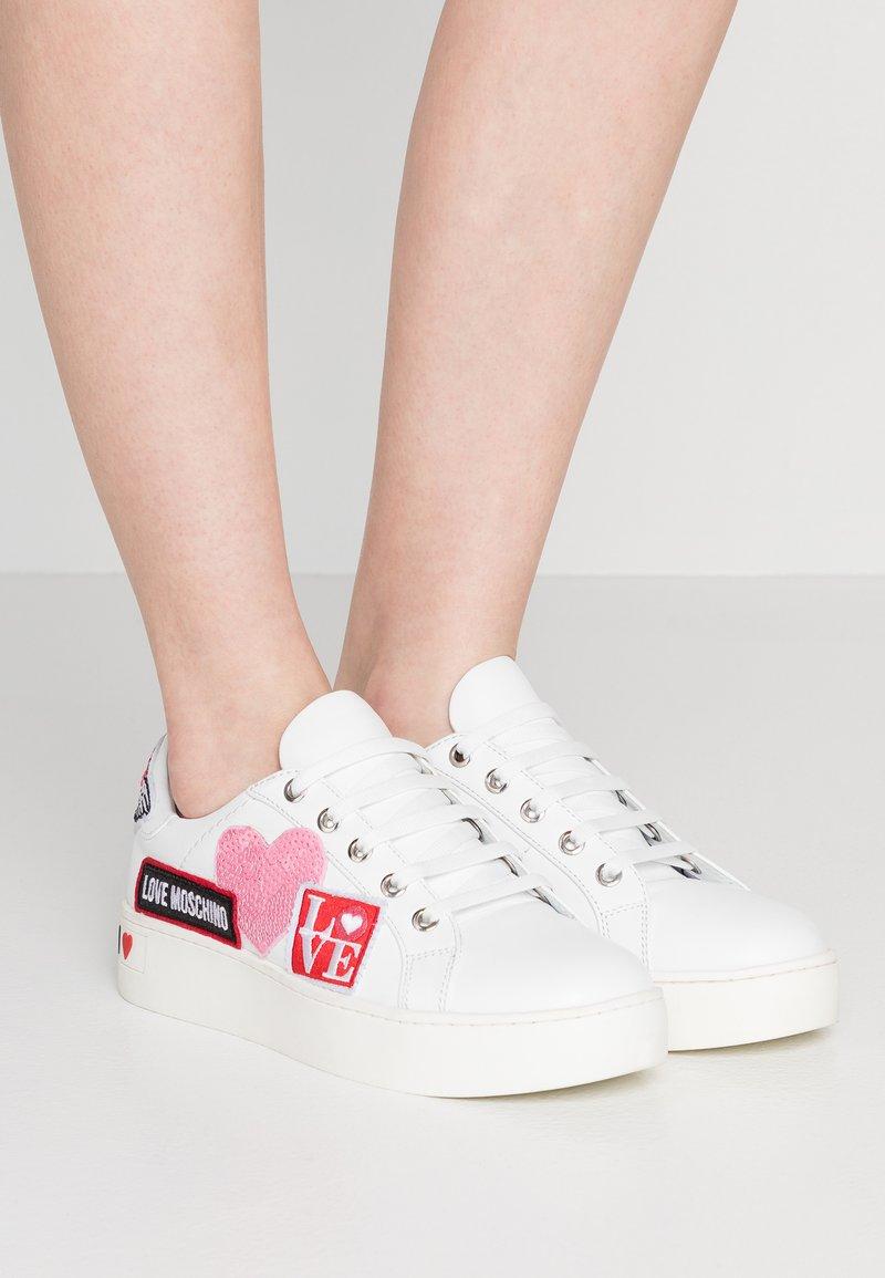 Love Moschino - Sneaker low - white
