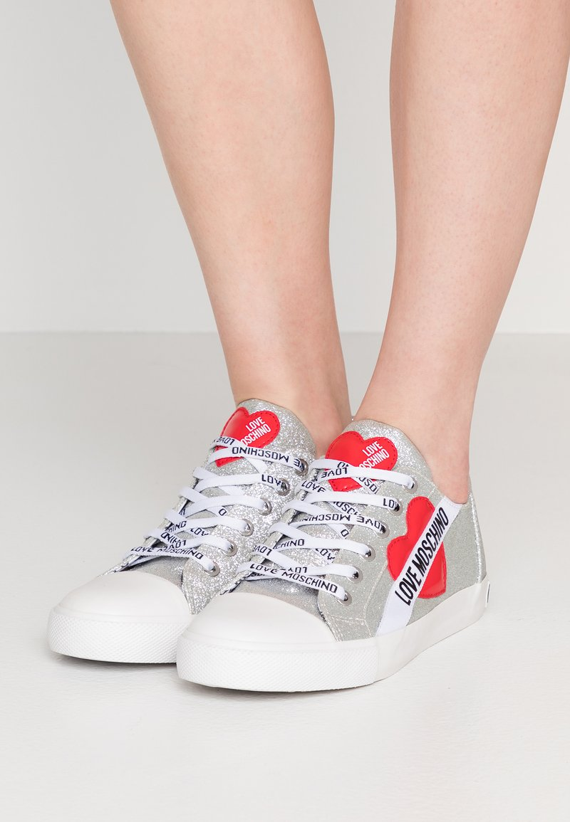 Love Moschino - Trainers - argento