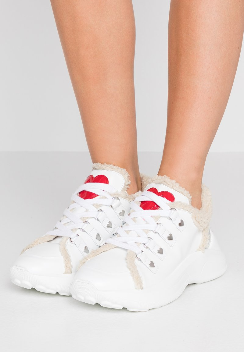 Love Moschino - Sneaker low - white