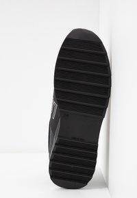 Love Moschino - Scarpe senza lacci - black - 6