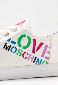 Love Moschino - Sneakers - white - 2