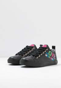 Love Moschino - Sneakers laag - black - 4