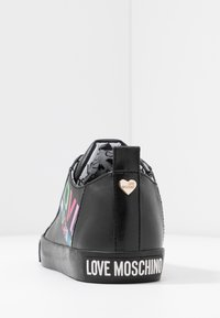Love Moschino - Sneakers laag - black - 5