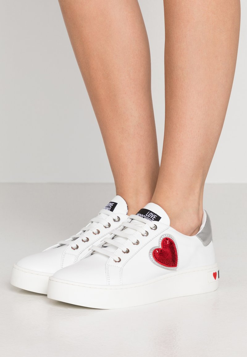 Love Moschino - Trainers - white