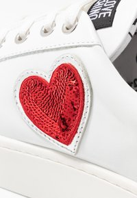 Love Moschino - Trainers - white - 2