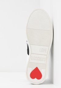 Love Moschino - Instappers - white/black - 6