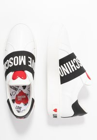 Love Moschino - Instappers - white/black - 3