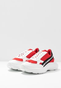 Love Moschino - Sneakers laag - red - 4