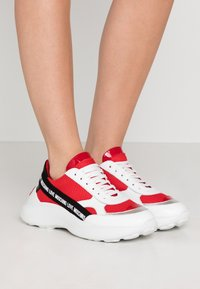 Love Moschino - Sneakers laag - red - 0
