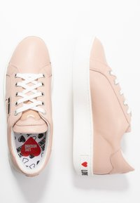 Love Moschino - Sneakers laag - powder - 3
