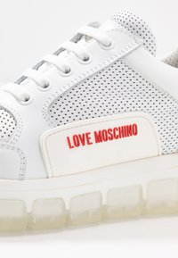 Love Moschino - Sneakers laag - bianco - 2