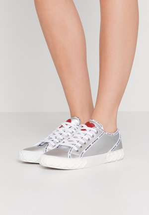 Sneakers laag - argento