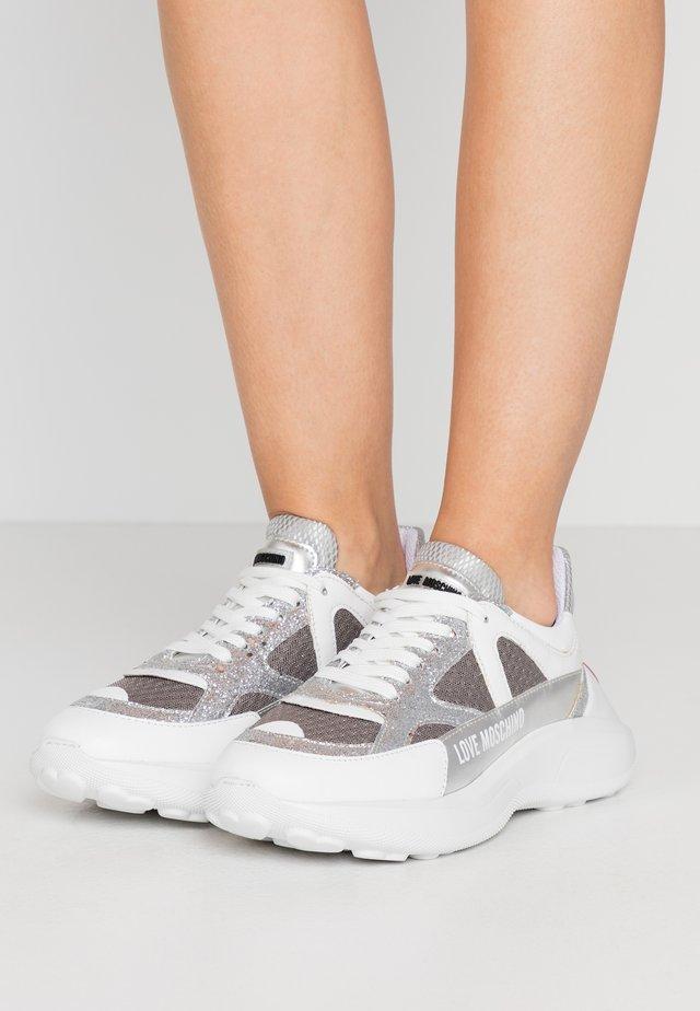 Sneakers - grigio/argento/bianco