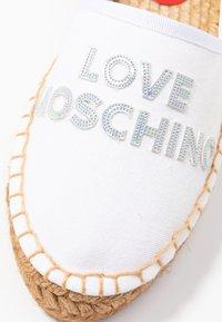 Love Moschino - Espadrilky - bianco - 2