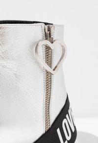 Love Moschino - Korte laarzen - silver - 2