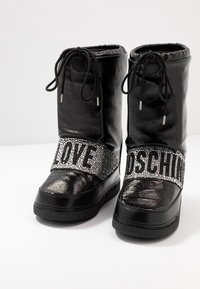 Love Moschino - Botas para la nieve - black - 8