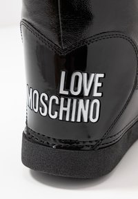 Love Moschino - Botas para la nieve - black - 2