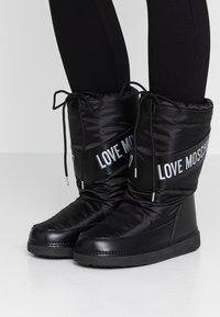 Love Moschino - Zimní obuv - black - 0