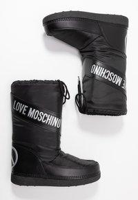 Love Moschino - Zimní obuv - black - 3