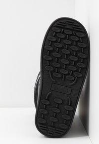 Love Moschino - Zimní obuv - black - 6