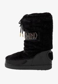 Love Moschino - Botas para la nieve - black - 1