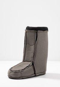 Love Moschino - Botas para la nieve - black - 7