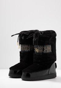 Love Moschino - Botas para la nieve - black - 4
