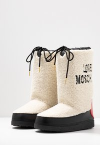Love Moschino - Vinterstøvler - offwhite - 4