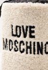Love Moschino - Winter boots - offwhite