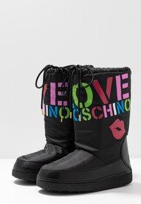 Love Moschino - KUSS - Zimní obuv - black - 4