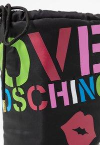 Love Moschino - KUSS - Zimní obuv - black - 2