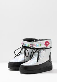 Love Moschino - KUSS - Winter boots - silver - 4