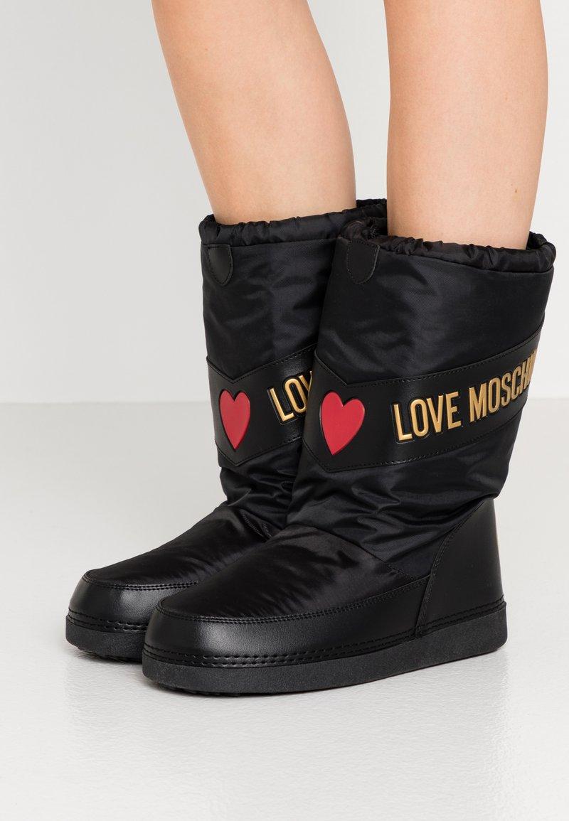 Love Moschino - Winter boots - black
