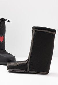 Love Moschino - Winter boots - black - 7