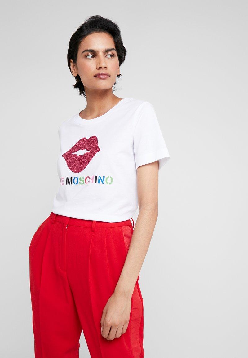 Love Moschino - GLITTER LIP - T-shirt imprimé - optical white