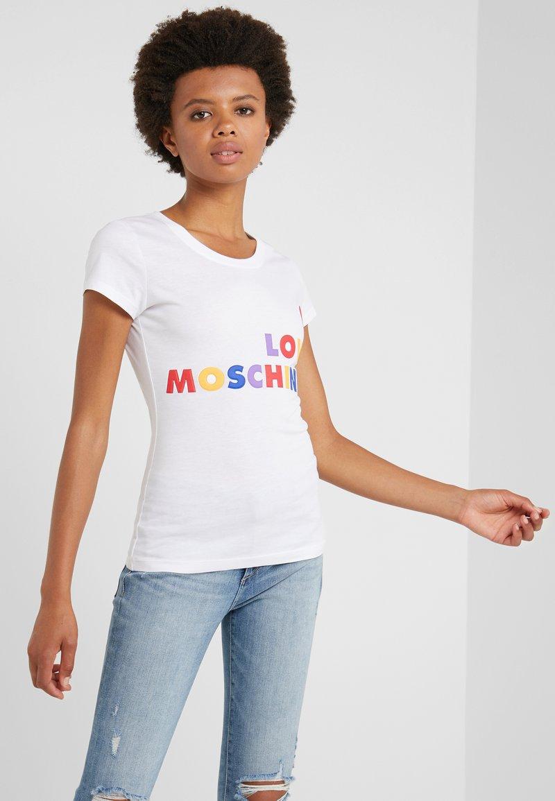 Love Moschino - Triko spotiskem - opitcal white