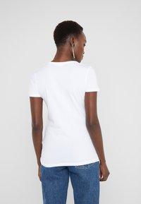 Love Moschino - Printtipaita - opitcal white - 2