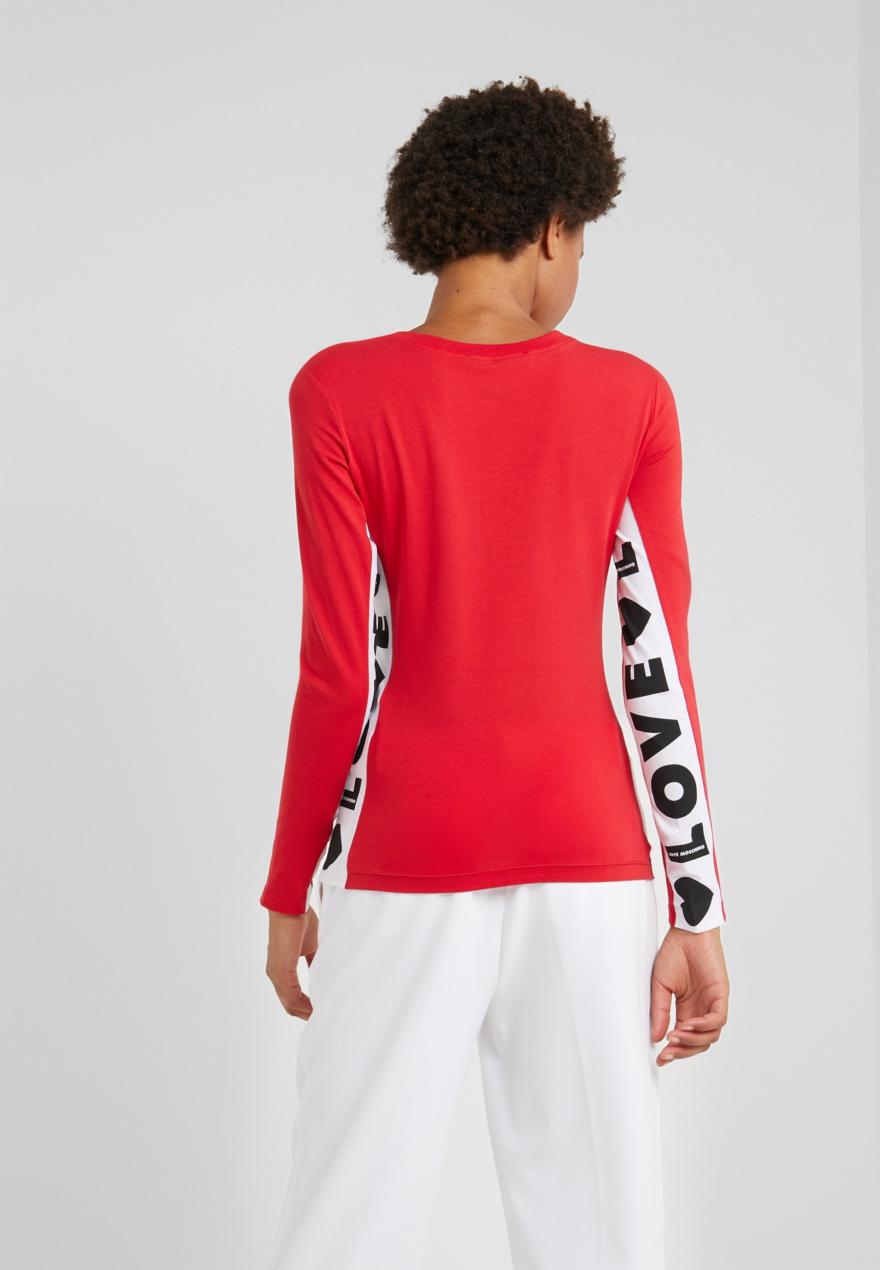 longues Moschino red shirt manches Love T à 6gybf7