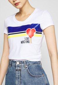 Love Moschino - T-shirt print - optical white - 5
