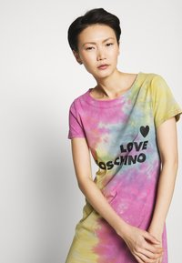 Love Moschino - TIE DYE DRESS - Jerseyjurk - multi-coloured - 3