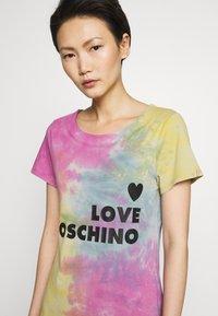 Love Moschino - TIE DYE DRESS - Jerseyjurk - multi-coloured - 5