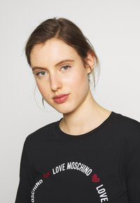 Love Moschino - Long sleeved top - black - 3