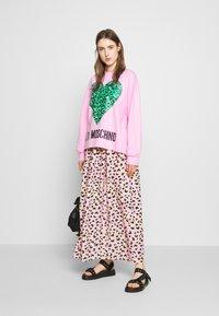 Love Moschino - Sweatshirt - pink - 1