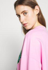 Love Moschino - Sweatshirt - pink - 3