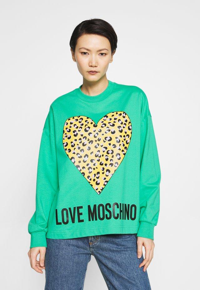 Sweater - green