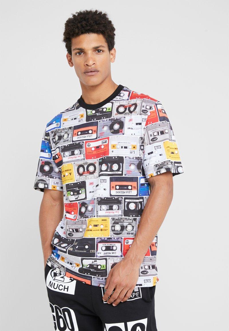 Love Moschino - CASETTE - Print T-shirt - multi-coloured